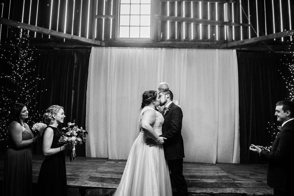 Minnesota-Wedding-Photographer_0106.jpg