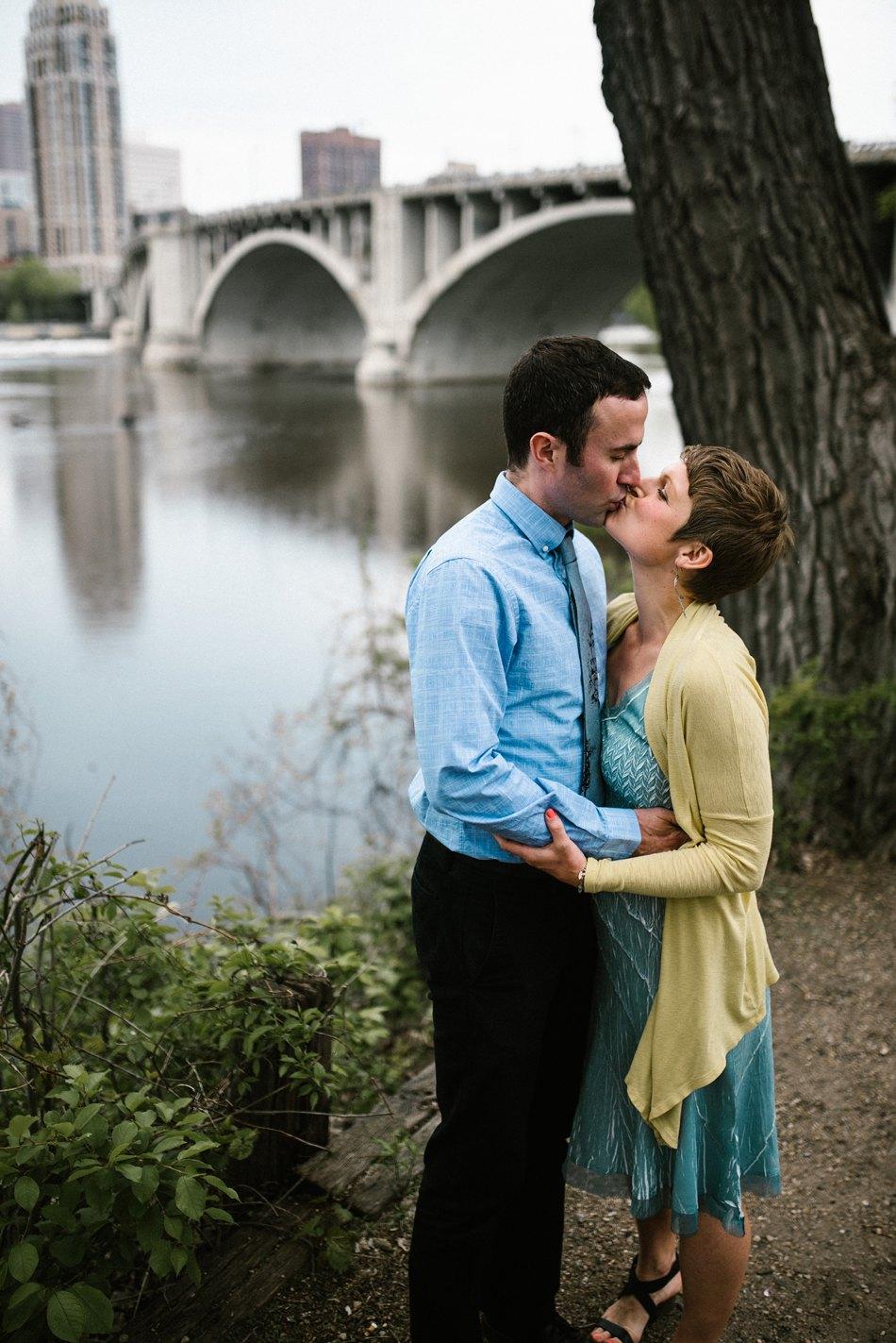 Minneapolis_Wedding_Photographer002.jpg
