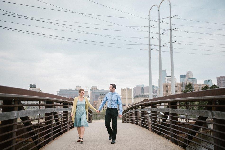 Minneapolis_Wedding_Photographer005.jpg