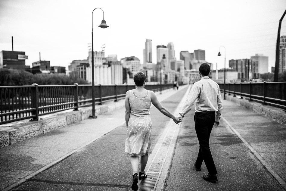 Minneapolis_Wedding_Photographer015.jpg