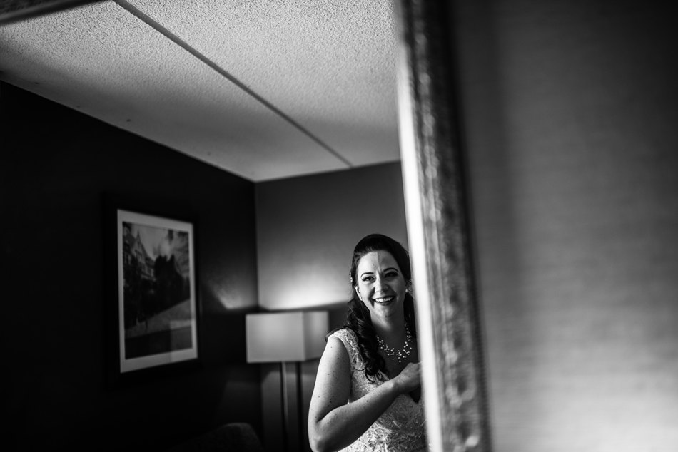 Minneapolis_Wedding_Photographer008.jpg