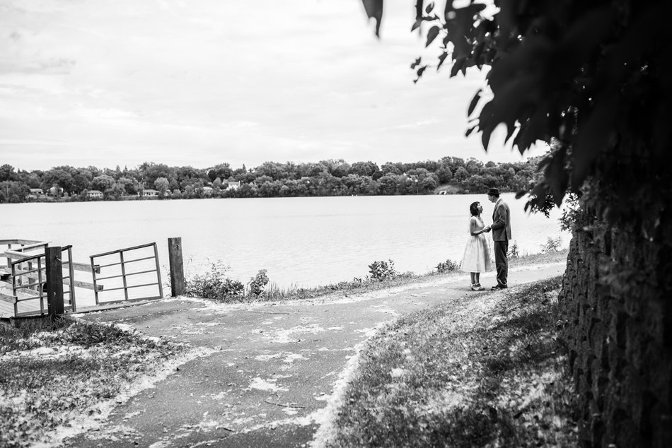 Minneapolis_Wedding_Photographer_0025.jpg