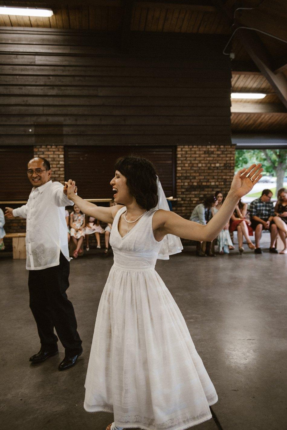 Minneapolis_Wedding_Photographer_0123.jpg