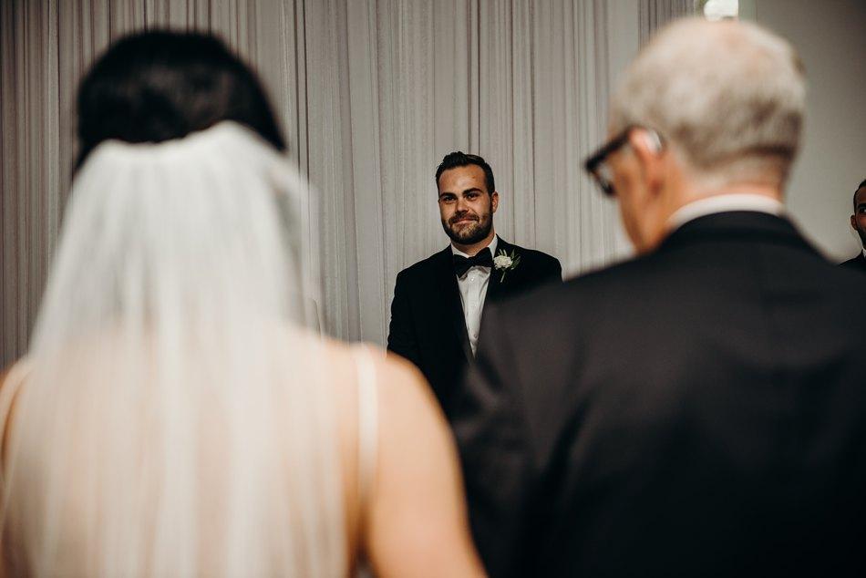 Minneapolis_WeddingPhotographer047.jpg