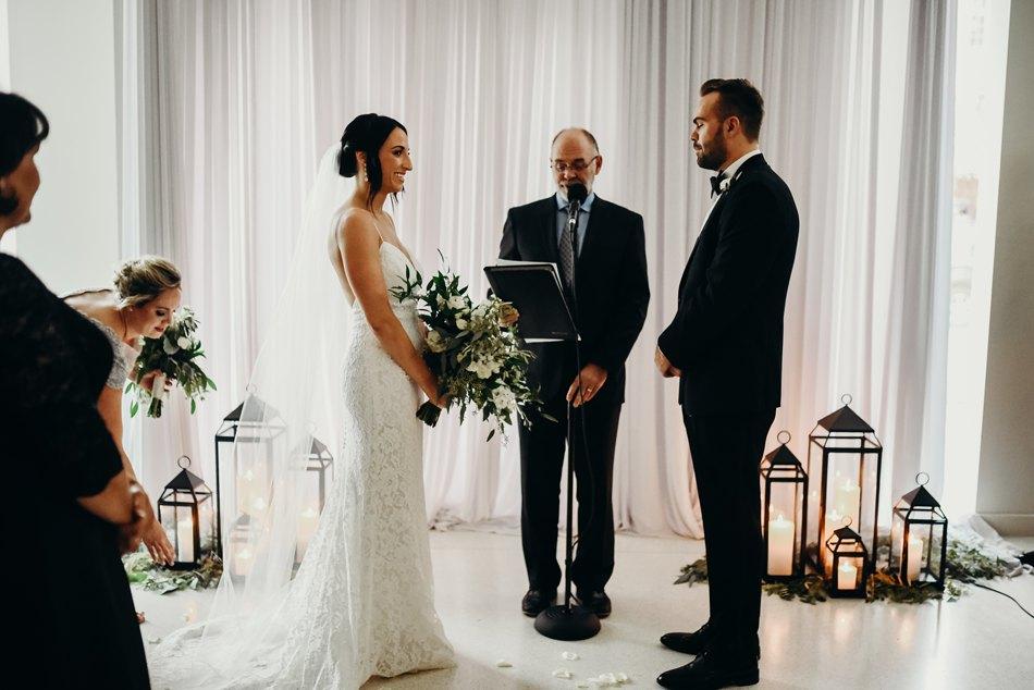 Minneapolis_WeddingPhotographer048.jpg