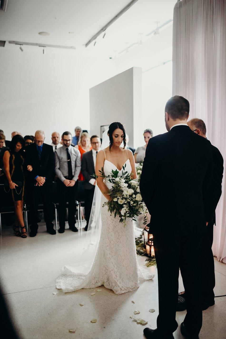 Minneapolis_WeddingPhotographer049.jpg
