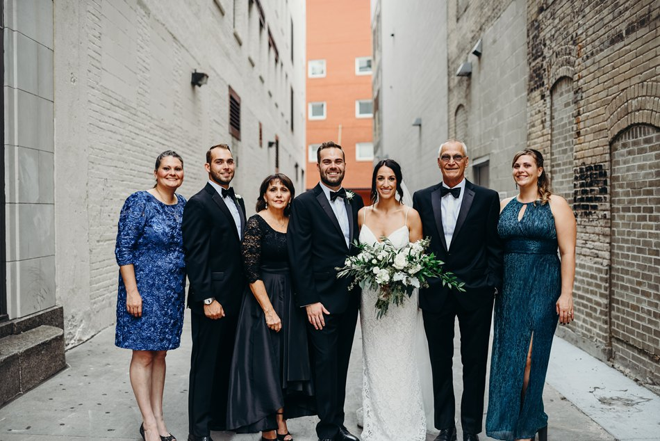 Minneapolis_WeddingPhotographer060.jpg