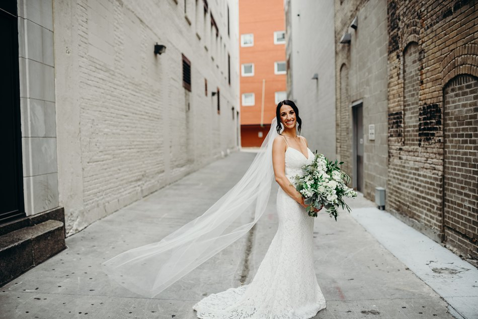 Minneapolis_WeddingPhotographer061.jpg