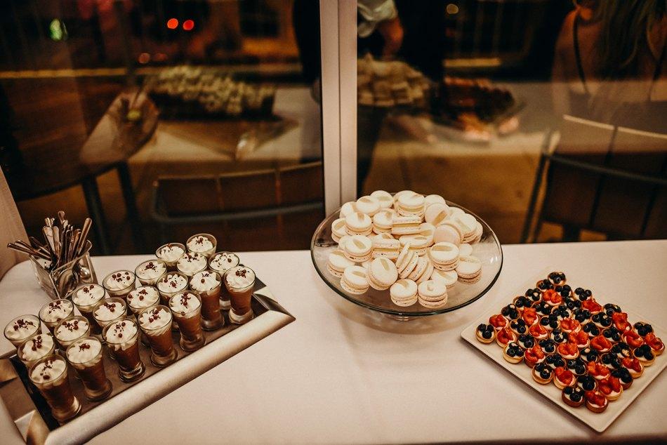 Minneapolis_WeddingPhotographer101.jpg