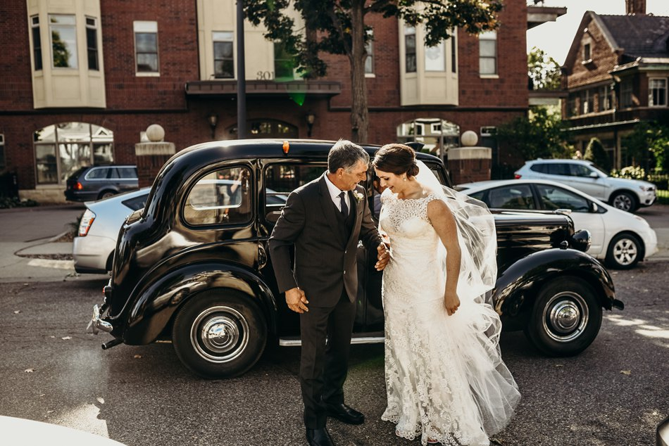 Minneapolis_WeddingPhotographer051.jpg
