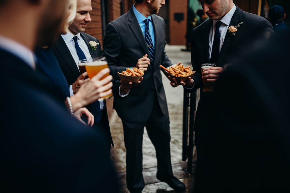 Minneapolis_WeddingPhotographer102.jpg