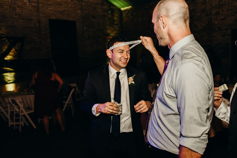 Minneapolis_WeddingPhotographer208.jpg