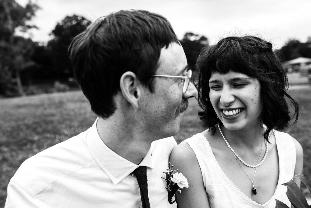 Minneapolis_WeddingPhotographer030.jpg