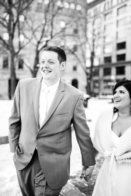 Minneapolis_WeddingPhotographer034.jpg