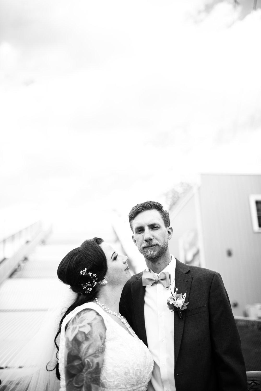 Minneapolis_WeddingPhotographer053.jpg