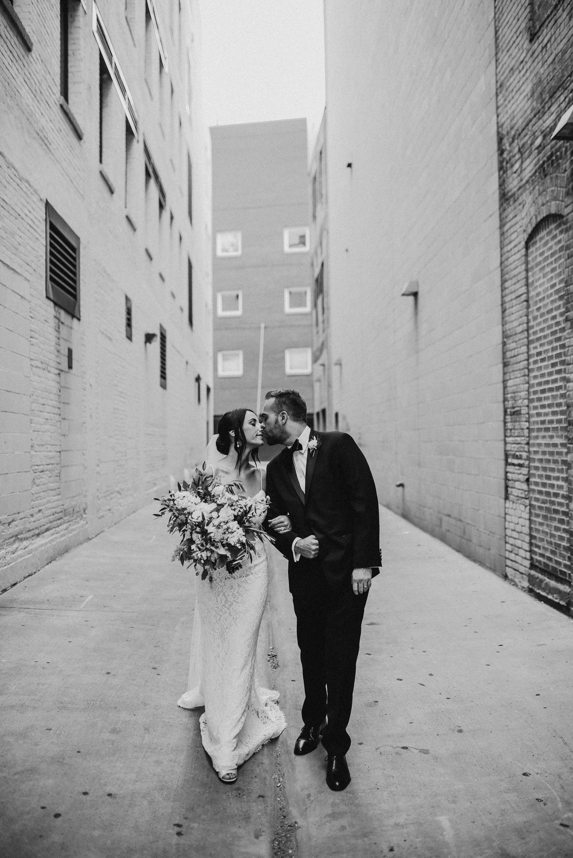 Minneapolis_WeddingPhotographer117.jpg
