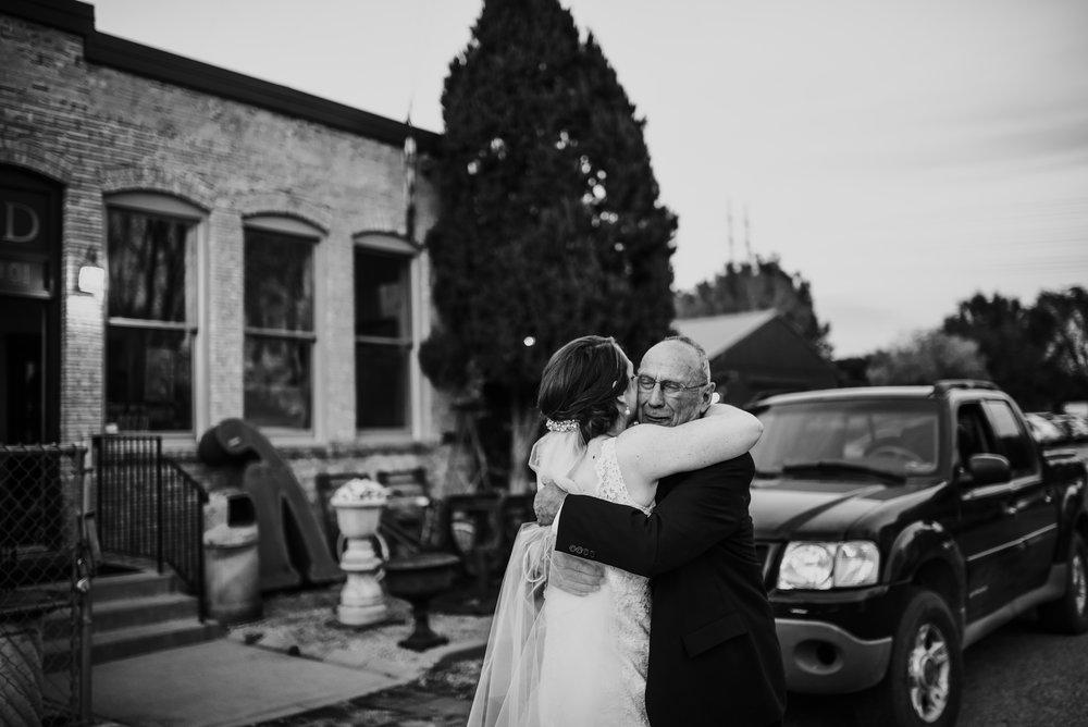 Minneapolis_WeddingPhotographer153.jpg