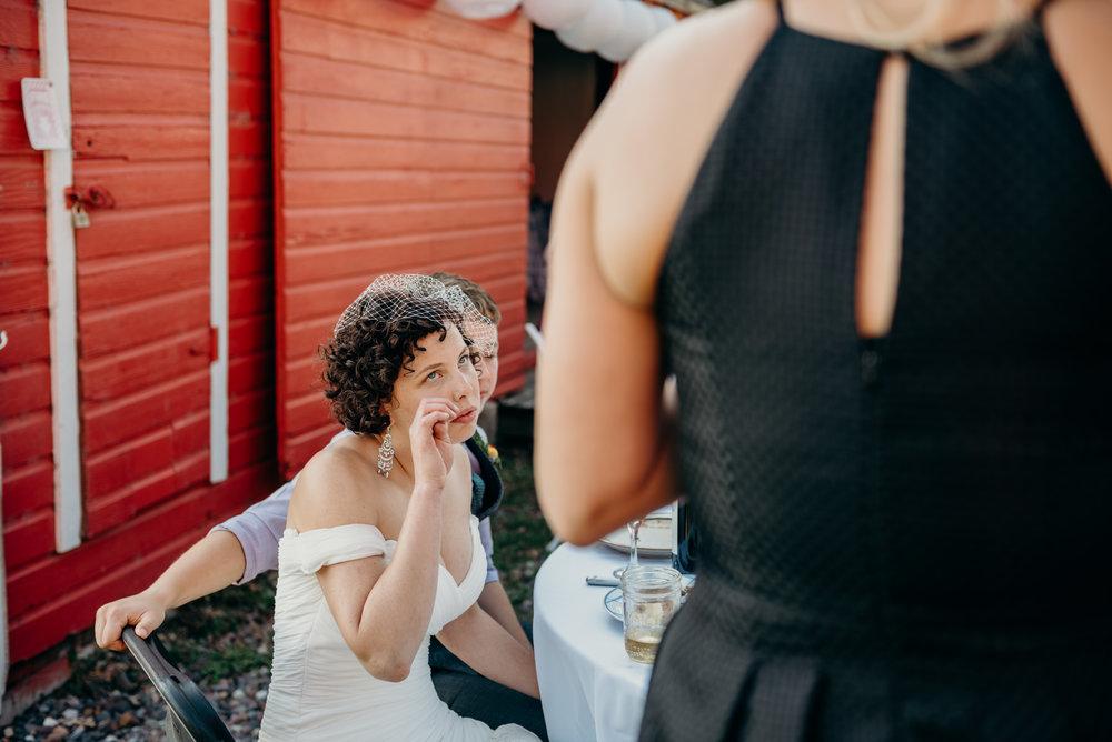 Minneapolis_WeddingPhotographer158.jpg