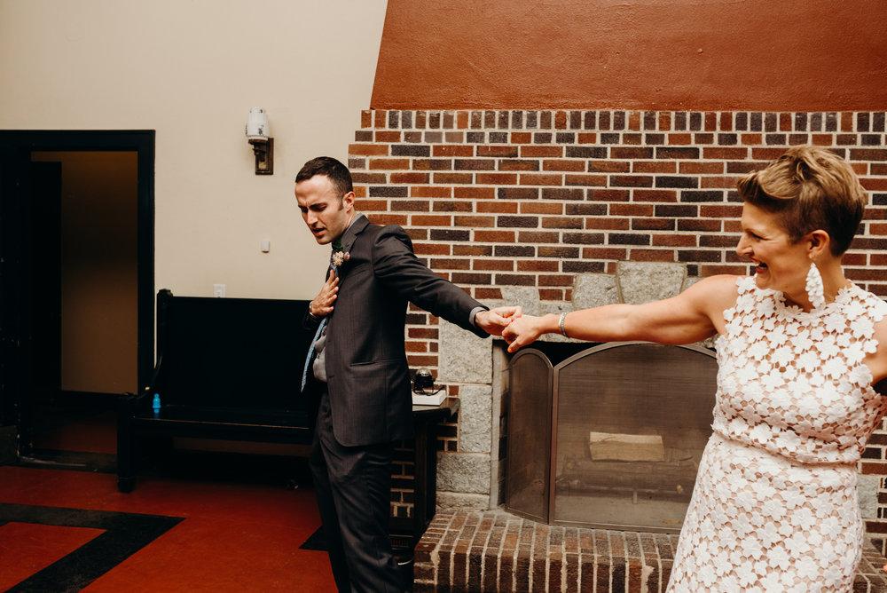 Minneapolis_WeddingPhotographer215.jpg