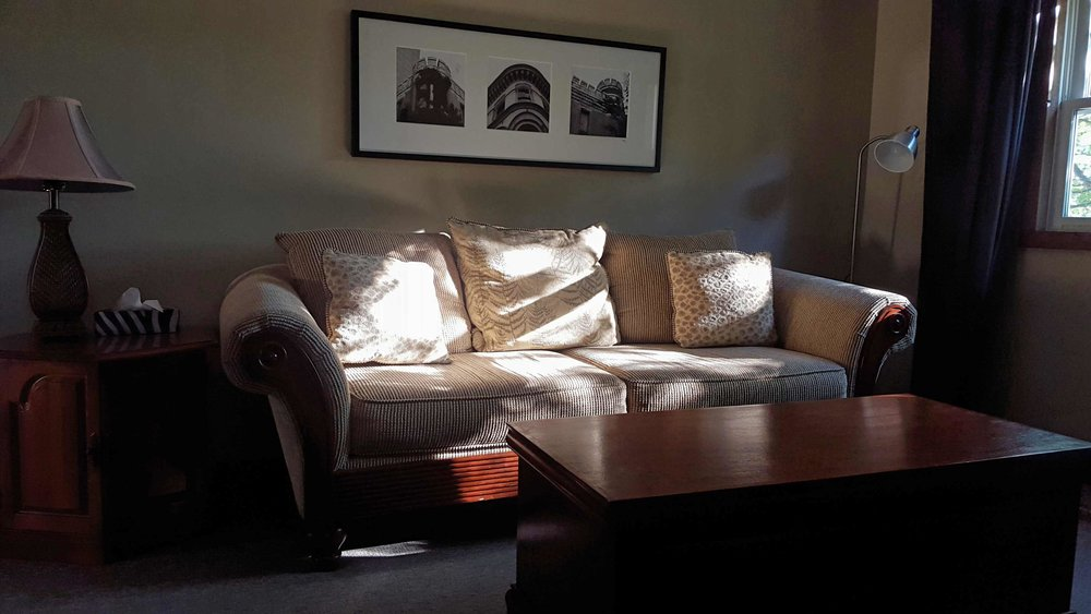 Lakeview Suite - Sitting Area