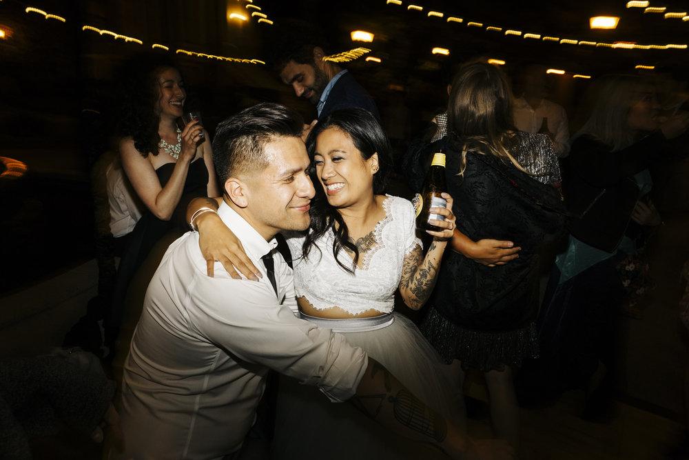 OHHWeddings_072_Oh-Honestly-Weddings-oakland-california-wedding.jpg