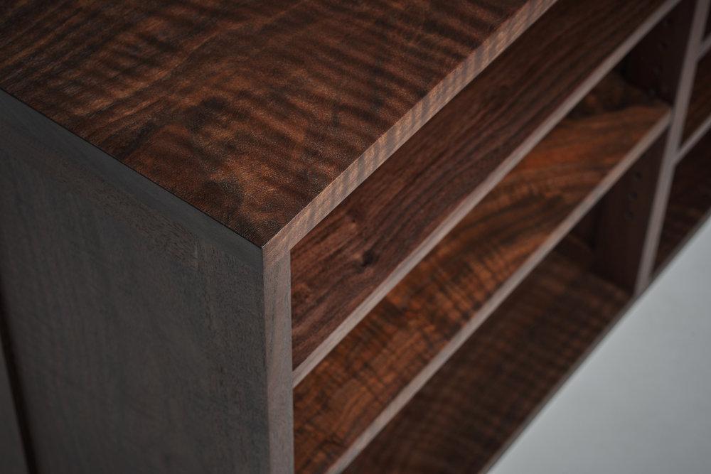 Western Walnut Wood Grain Detail