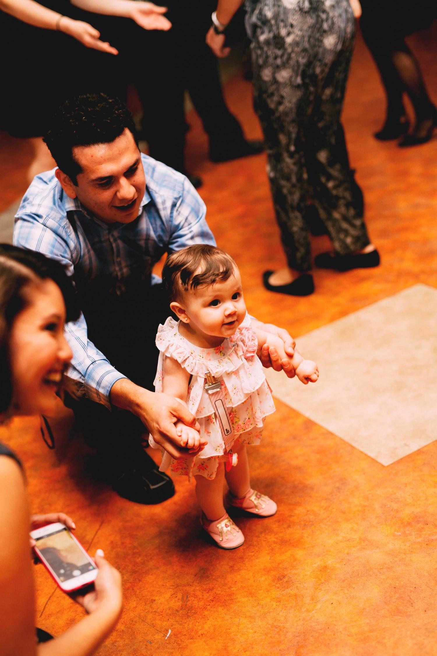 Dancing_096