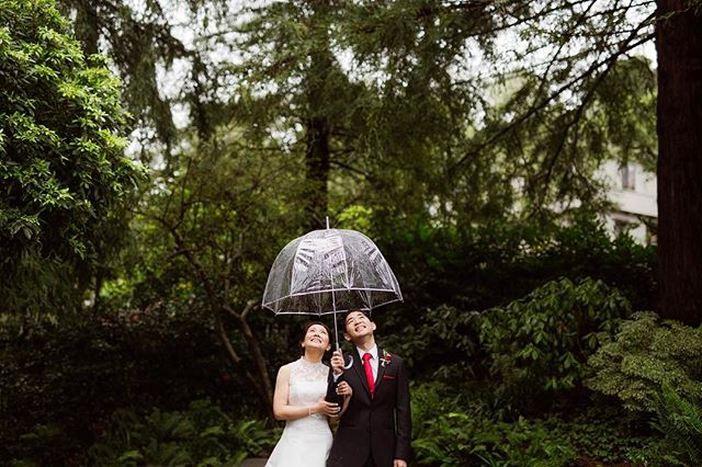 ||I like people who smile when it's raining|| #emilyjeanimages #outdoorartclub #outdoorartclubwedding #millvalley