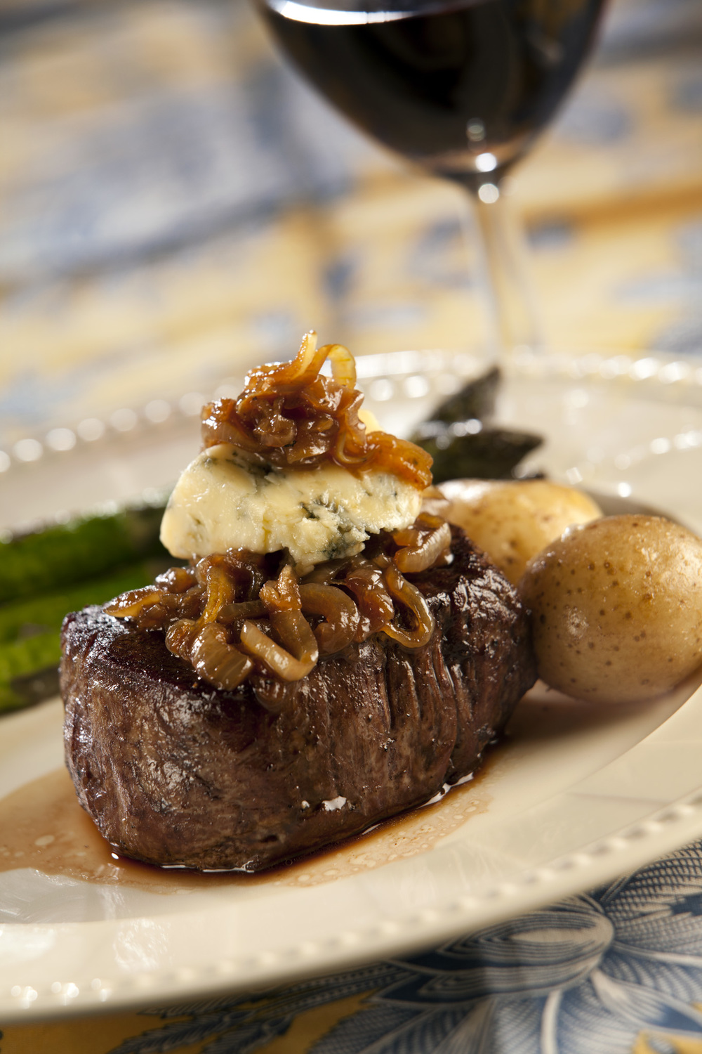 L2T-Blue_cheese_onion_steak-03.jpg
