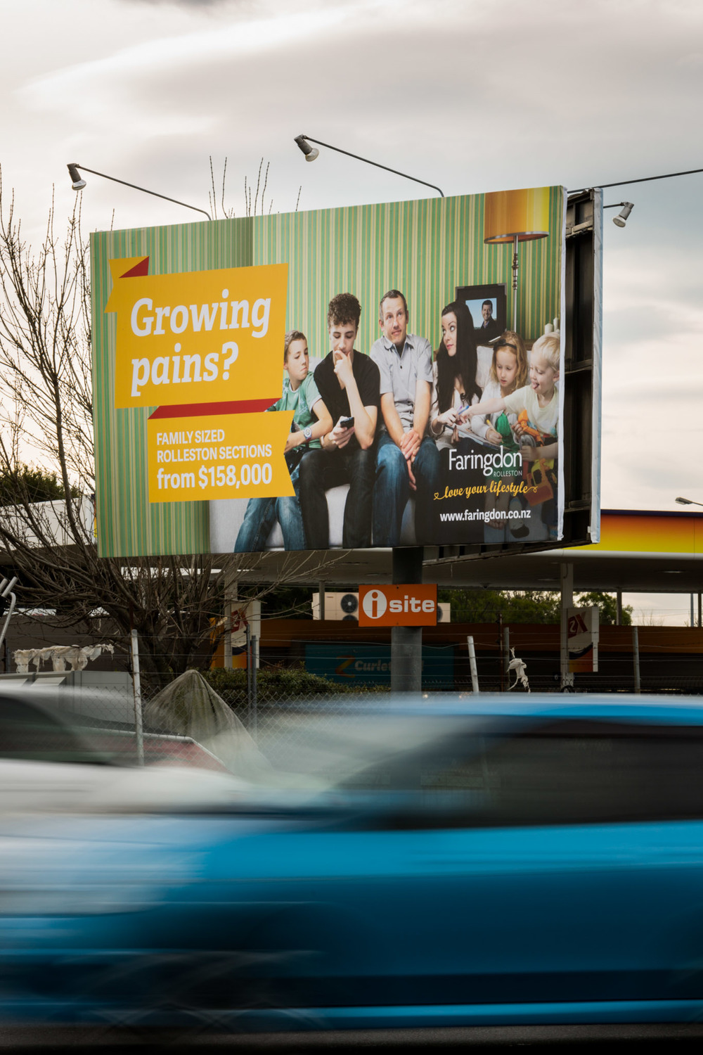 Faringdon_Billboard-growingpains.jpg