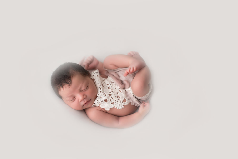 Arcadia-Boutique-Newborn-Photographer-soft-studio-newborn-session-402.jpg