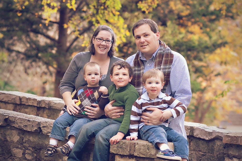family-outdoors-light-portraits-101.JPG