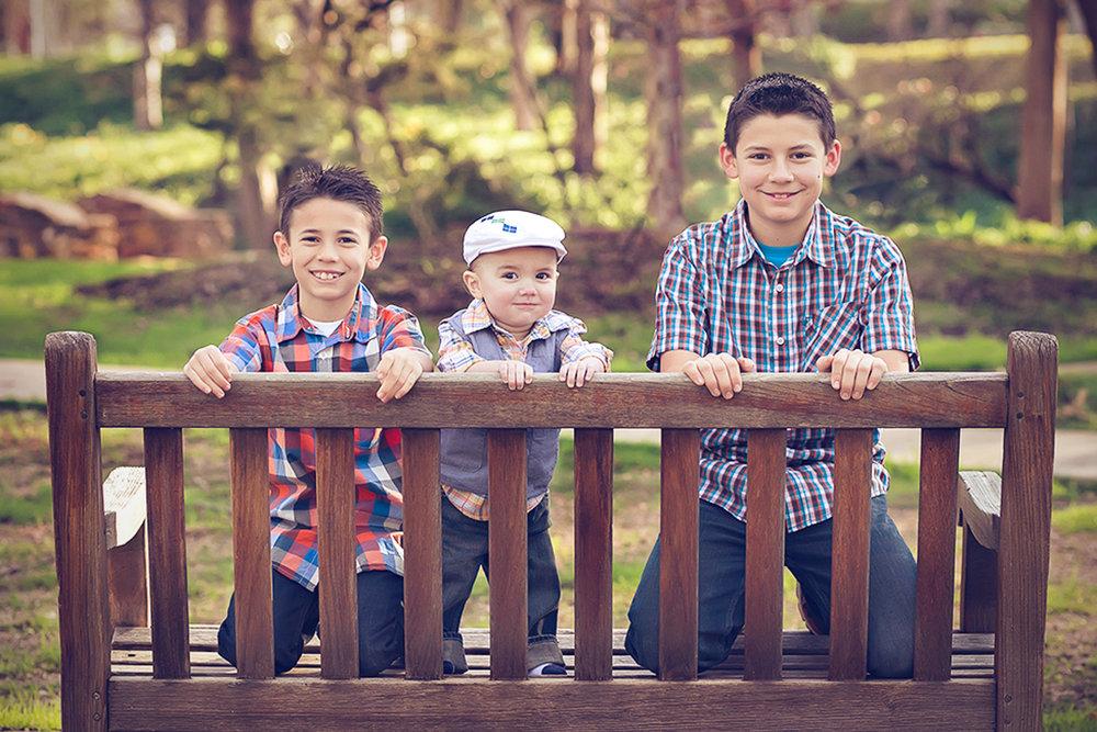 family-outdoors-light-portraits-103.JPG