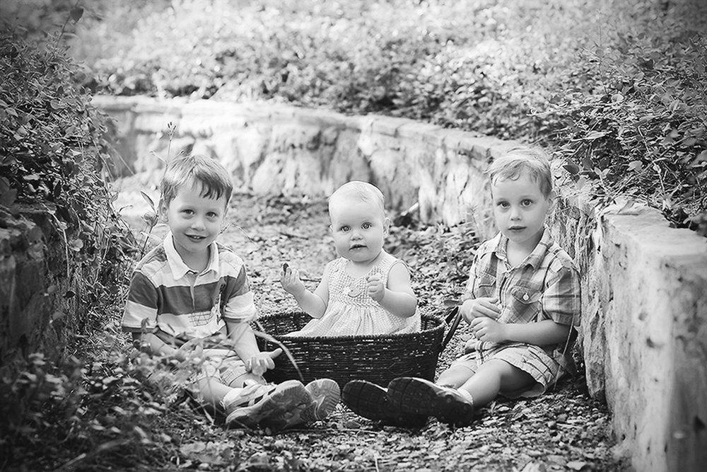 family-outdoors-light-portraits-107.JPG