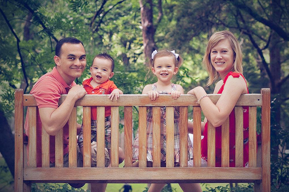 family-outdoors-light-portraits-112.JPG