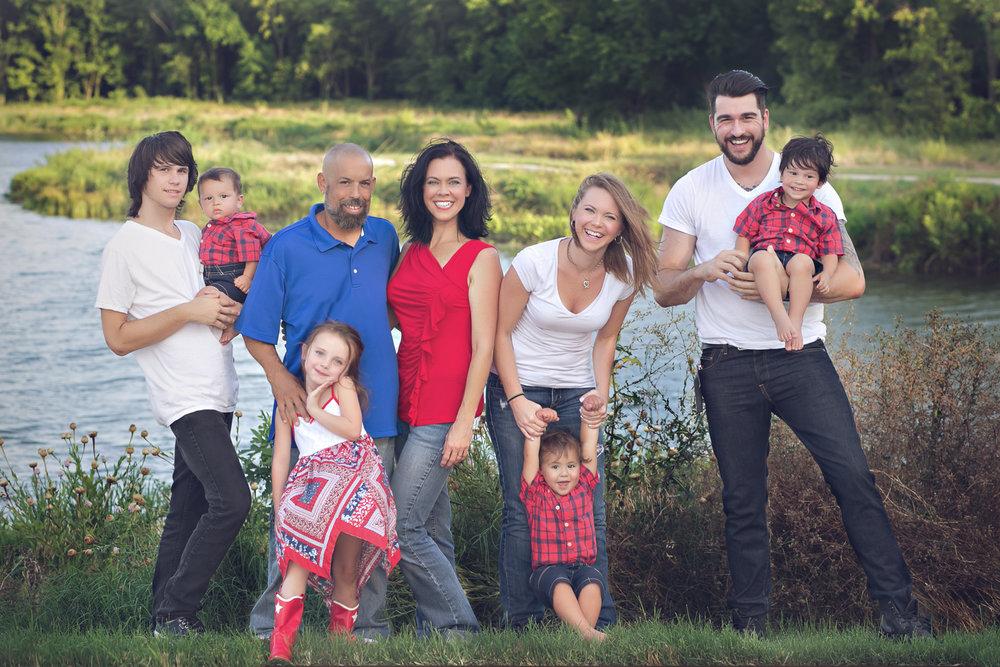 family-outdoors-light-portraits-119.JPG