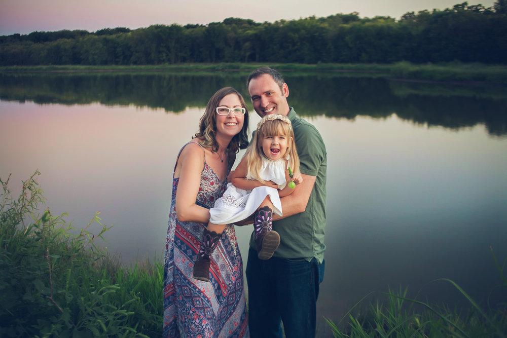 family-outdoors-light-portraits-124.JPG
