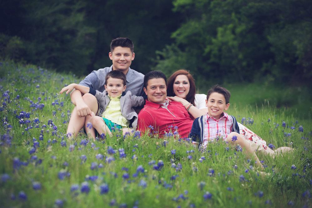 family-outdoors-light-portraits-128.JPG