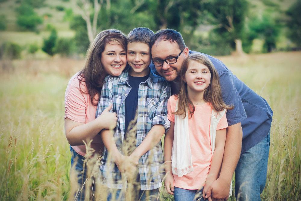 family-outdoors-light-portraits-131.JPG