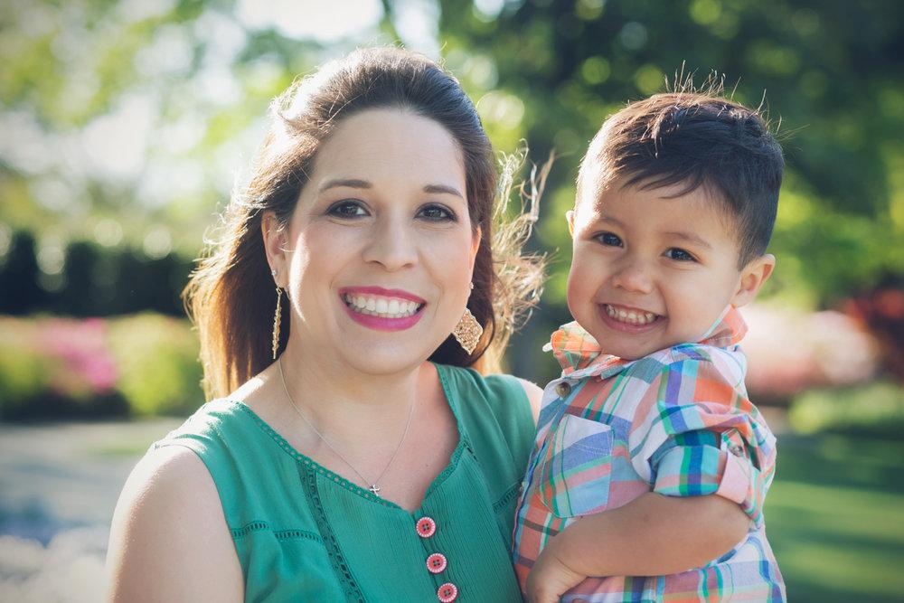 family-outdoors-light-portraits-143.JPG