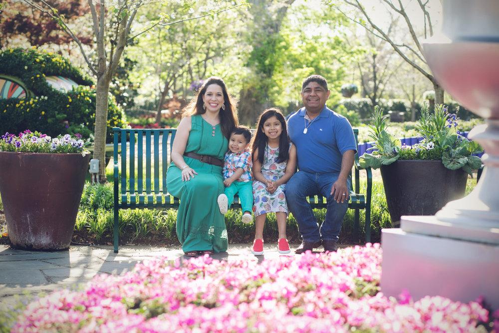 family-outdoors-light-portraits-144.JPG