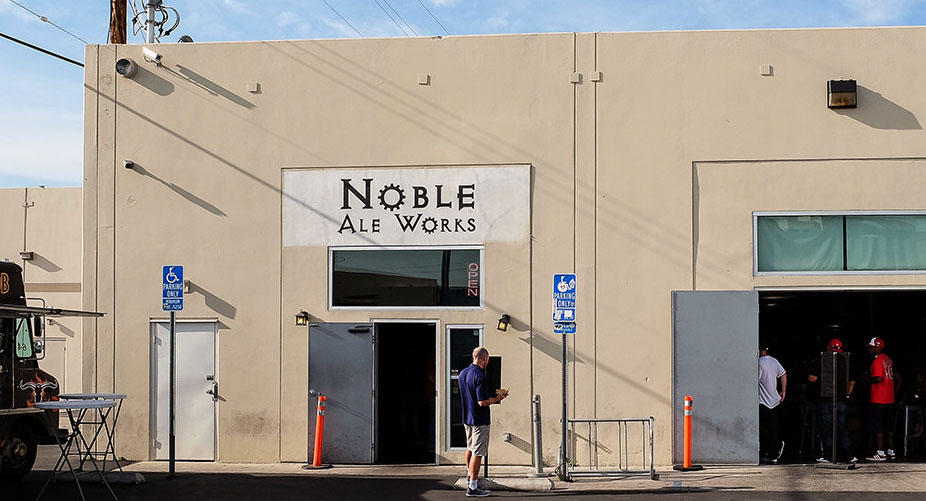 Vivache Designs Mural Noble Ale Works