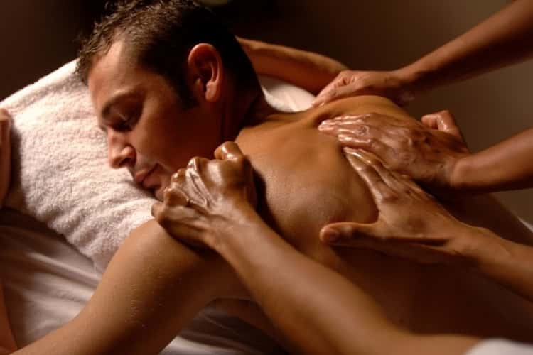 4-Hands-Massage-Amsterdam-Holland