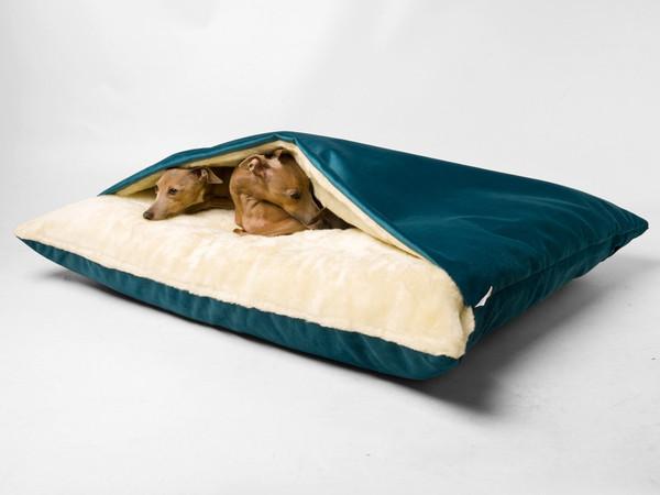charley-chau-dog-snuggle-bed-teal-03_grande.jpg