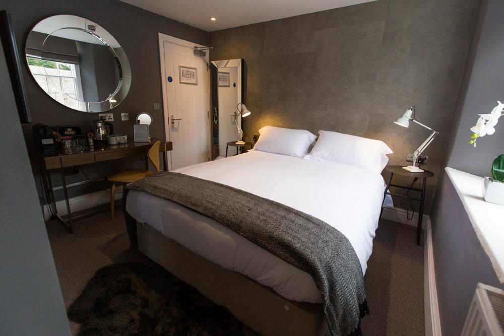 Mill St bedroom 2.jpg