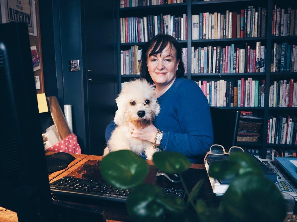 debora robertson dogs' dinners book