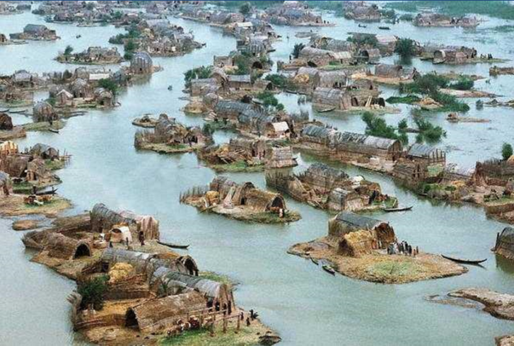 a historical view of the southern Iraqi marshes