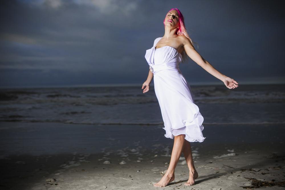 Model: Sarah Dionna