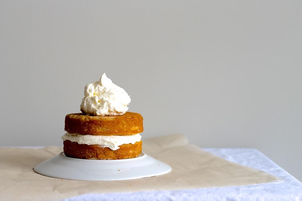Wedding-almond-cake-2.jpg