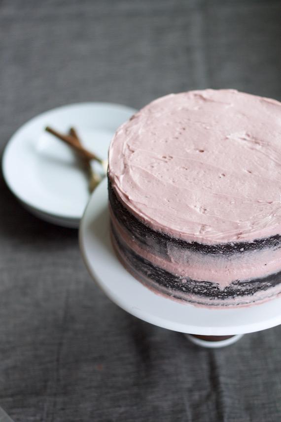Valentine's cake 4.jpg